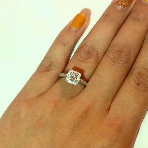 Jewelry - Leo diamond ring